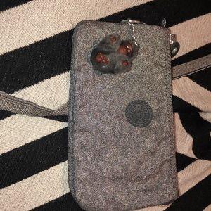 Kipling small bag W/inner,outer zip/ 2 pockets